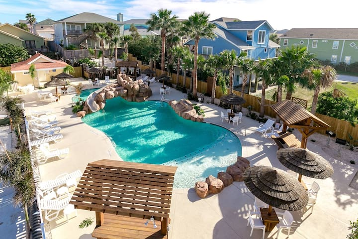 16 Sandals, In Town, Heated Pool, Beachside