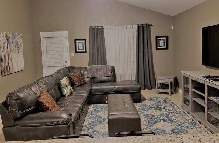 Entire Home close to Lackland AFB and Seaworld (2)