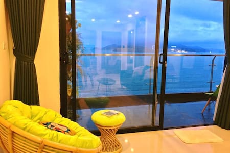 Center luxury apt, big balcony-seaview highfloor