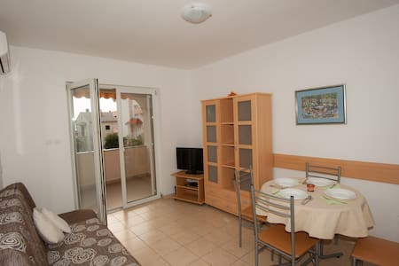 Pleasant Apartment Near the Beach - Dramalj - Lägenhet