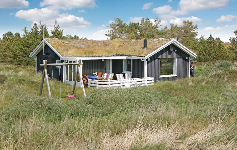 Holiday cottage with 3 bedrooms on 78m² in Rømø