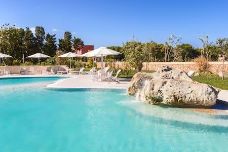 606 Appartamento con Piscina a 250 Metri dal mare - Otranto - Villa