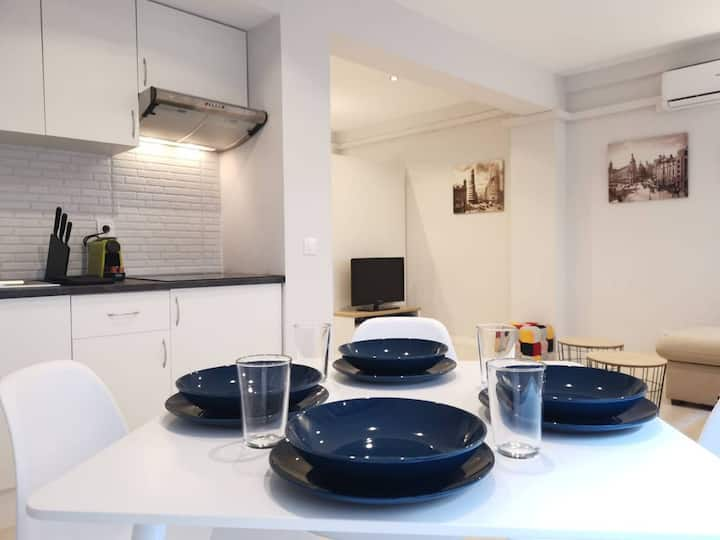 Cozy APARTAMENT close to Plaza Castilla