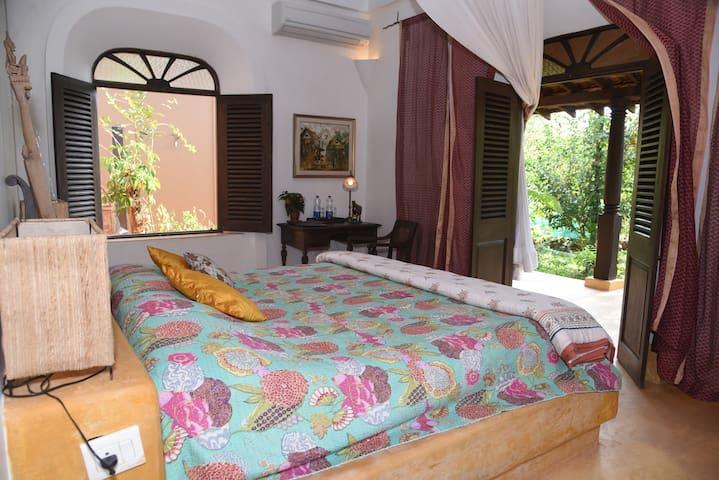 Garden View indo-portugues Suite @ Avanilaya. - Aldona - Boutique-hotel