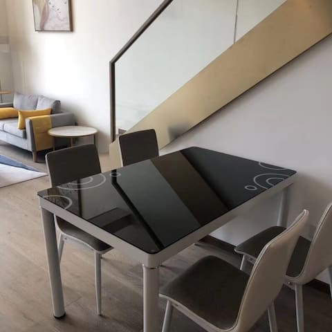海景房loft公寓