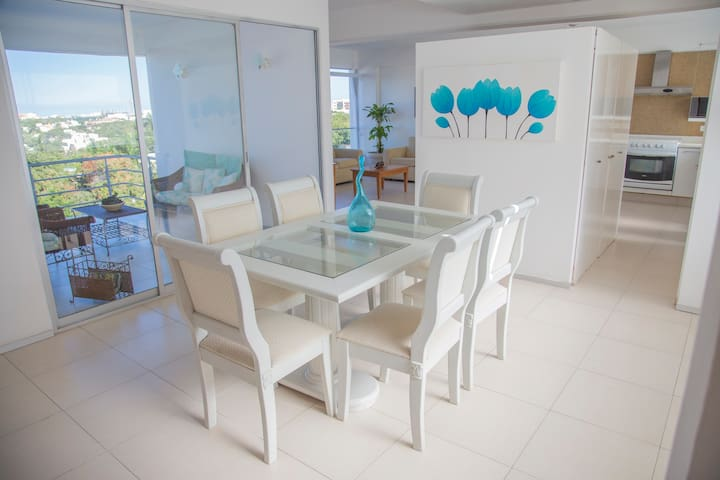 ★33% off! Condo with balcony in the ♥ of Cancun ★