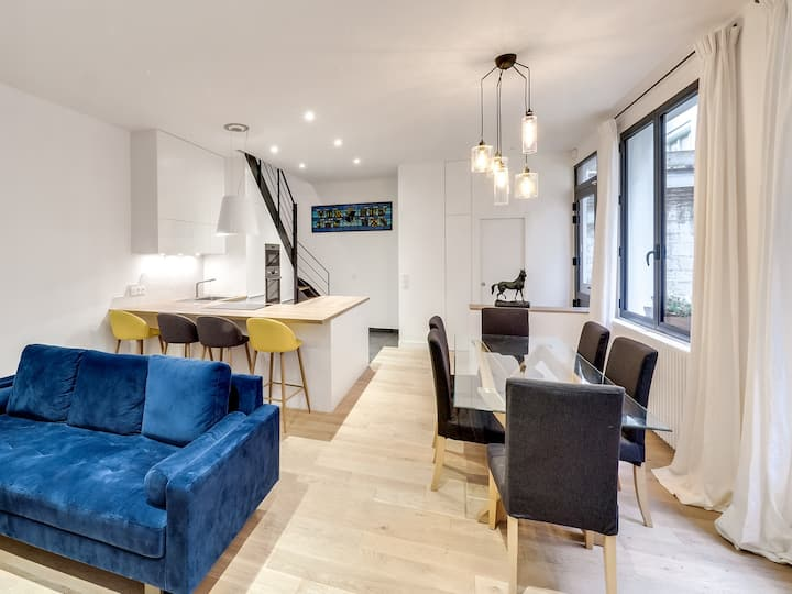 Luxury family house in inner Paris, 5 bedrooms