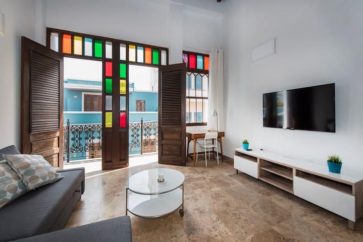 Three Story Penthouse Loft in Old San Juan (3B)