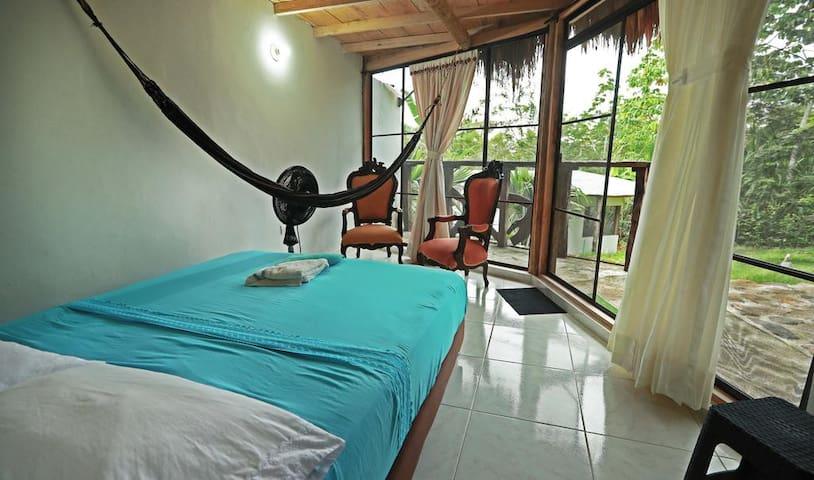 Habitación Doble con balcón Standard Rate cama 1.40