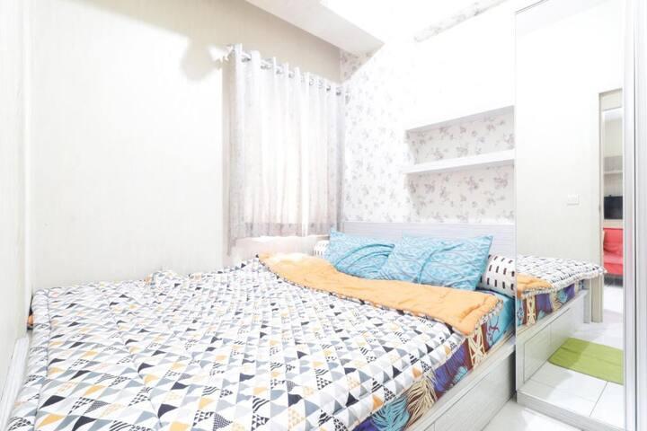 Two Bedroom w/ Wifi at Bintang Residence Bekasi