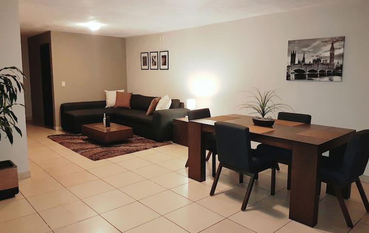 Casa amplia, comoda y confortable!! - Zapopan - Hus