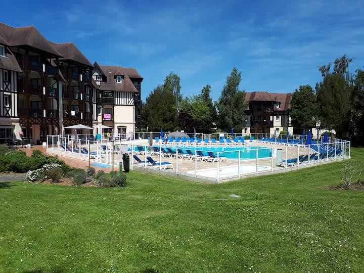2 Pièces dans résidence Normande  avec piscine