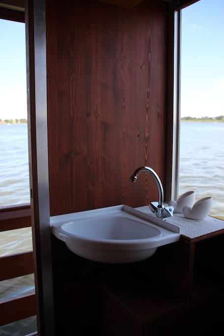 Hausboot Toilette