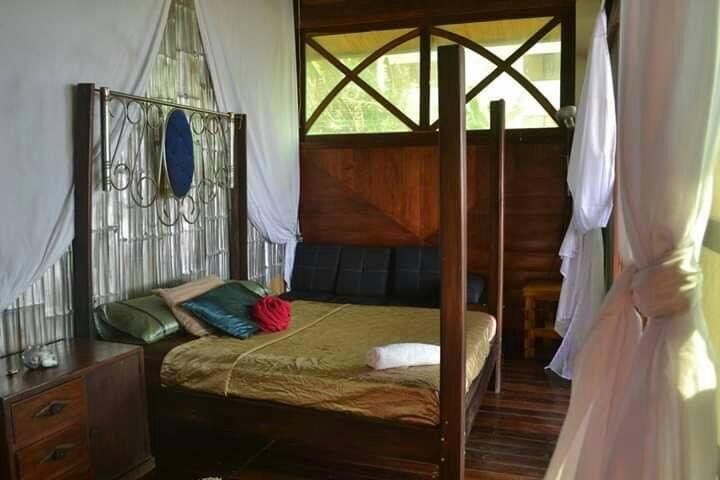Bella habitación frente al mar con dos cuartos.