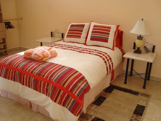 Bonita Habitación en Zona Norte de Cuernavaca - Cuernavaca - Appartement