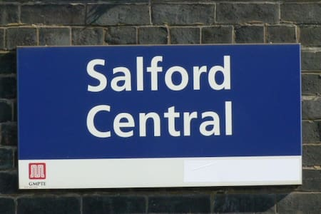 Rm5 at SalfordCentral, 500mDeansgate Egerton Arms - Salford - Ξενώνας