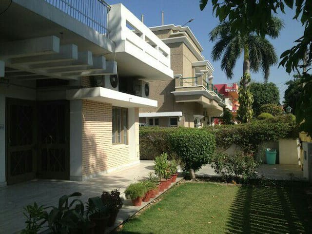 Corporate  guest house with luxury of space