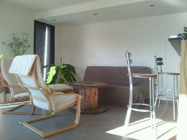 Superbe et paisible maison mitoyenne neuve 90 m2
