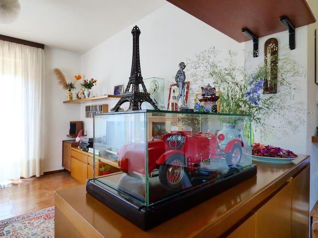 Living-room details