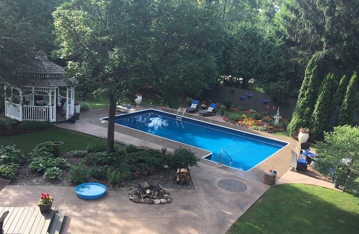 St. Croix River Private Sanctuary W/Heated pool!!