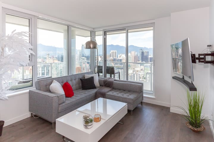☀︎2bdrm High in the Sky☀︎ Yaletown- 1bath/1park