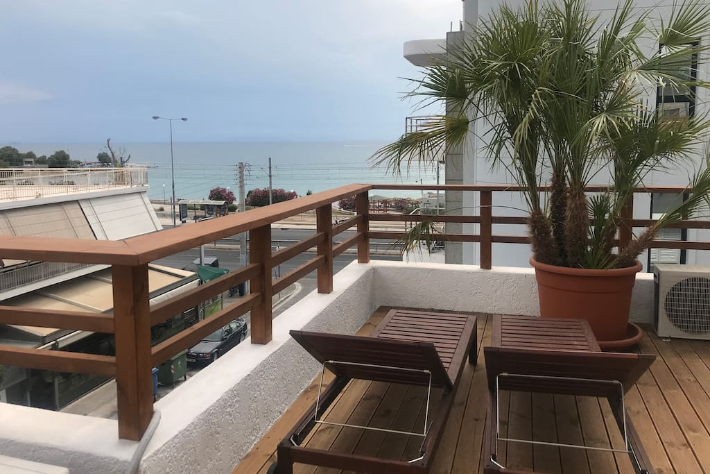Beach House with Sea View at Athens Riviera