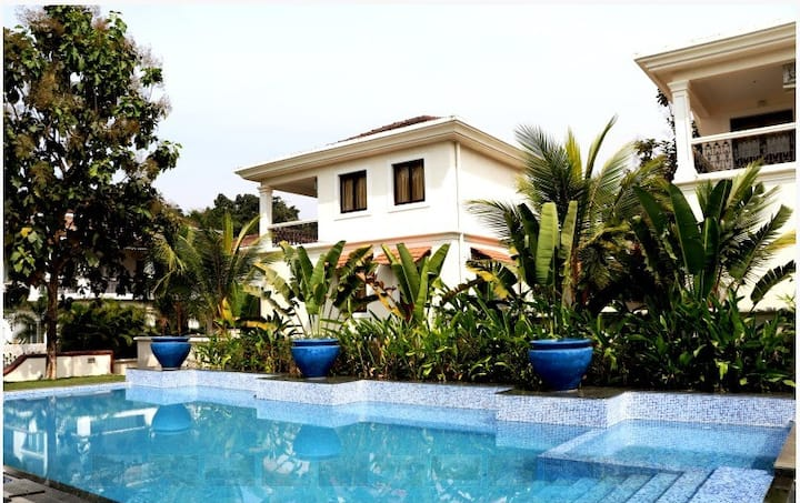 8 BHK Luxury Villa with Private Pool in NORTH GOA