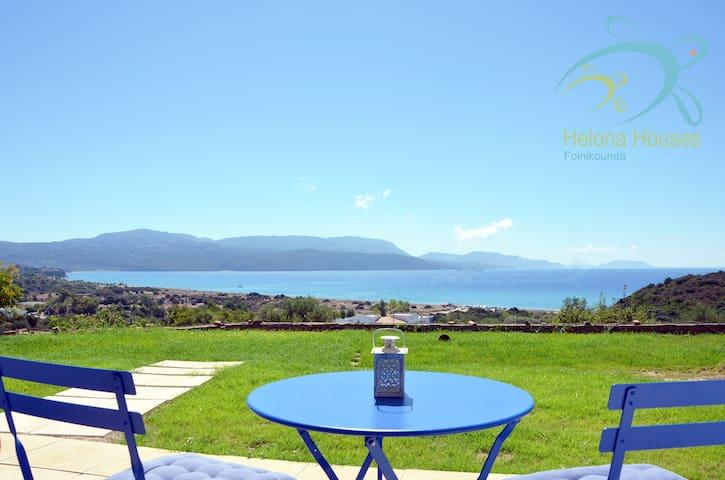 Helona King Luxury House, amazing view & backyard