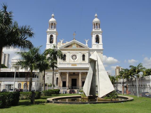 Basílica de Nazaré -  5 minutos andando
