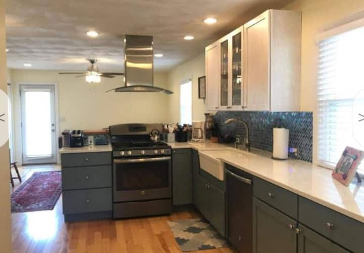 Springfield Furnished Rental: 1 Bed