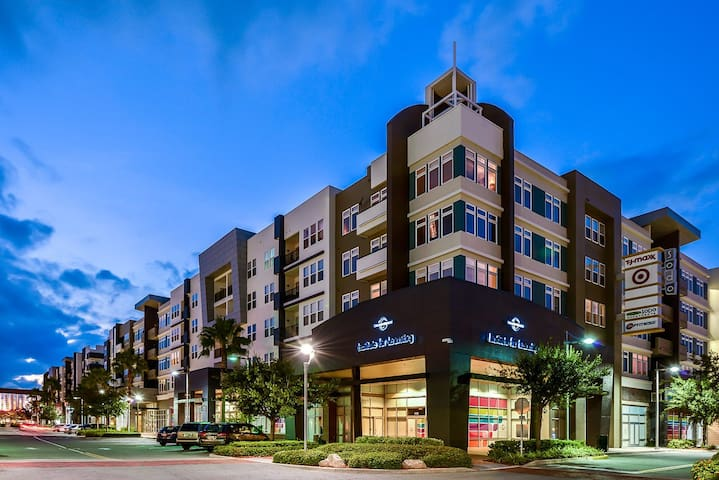 """Homey"" 1/1 apartment in South Downtown Orlando - Orlando - Daire"