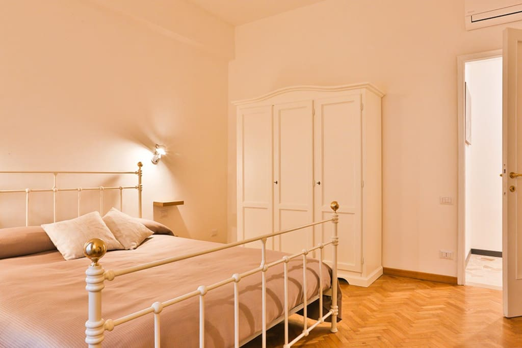 Myflorenceholiday gold bridge dl 4 chambres d 39 h tes for Chambre d hote florence