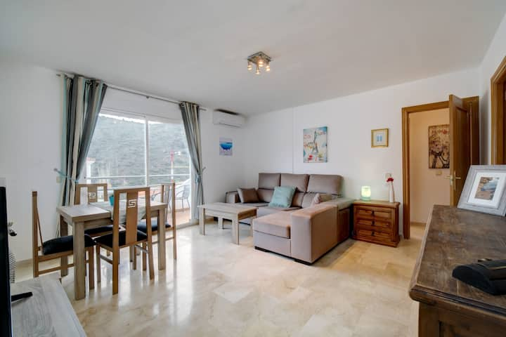 2 bed 2 bath apart Village Benahavis nr Marbella