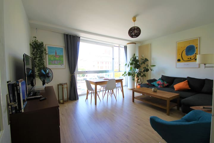 At the heart of Strasbourg, flat with river view!