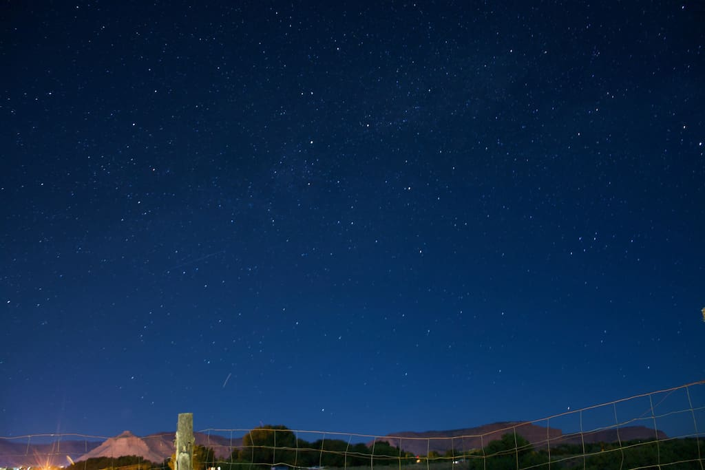 A night view of stars from the backyard.