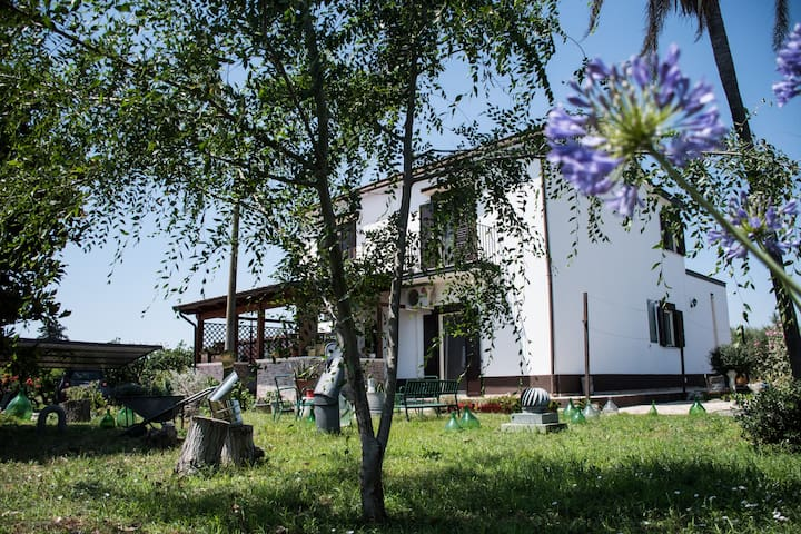 Casa in campagna a 3 km dal mare