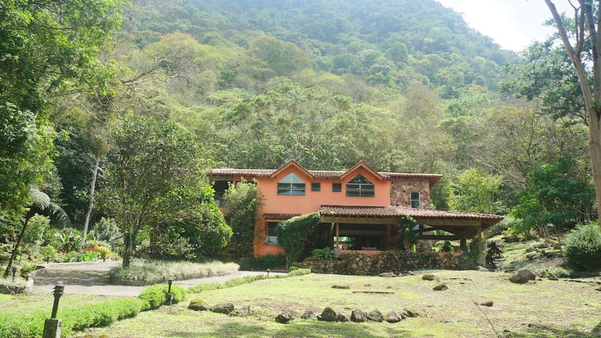 Quinta El Bosque - Anton Valley - Huis