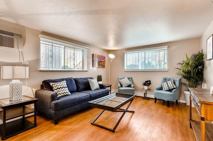 ★★★★★ Calm & cool flat w/ large living room