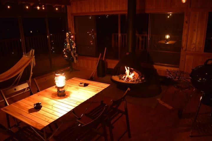 プライベートキャンプ場 響きの森 (車で10分で温泉・薪ストーブ・夜景・BBQ・焚き火)