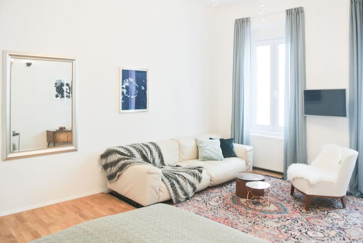 Comfortable & Modern Living in Charming Apartment