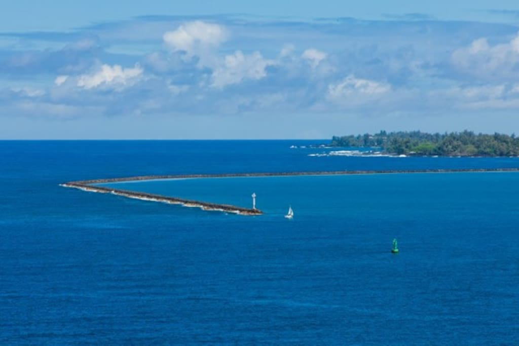 Forever views of Hilo Bay from Seahorse House!