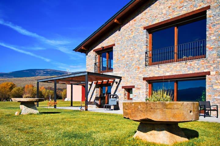 Espectacular casa para 19 en Bolvir de la Cerdanya - Bolvir - Casa