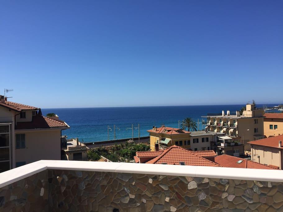 Villa gabriella al mare 3 camere da letto 2 bagni h user for 3 camere da letto 2 bagni piani piano aperto