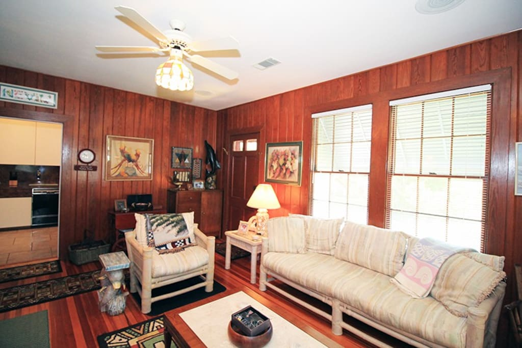 Large Living Room with TV and DVD Player and Lots of Space for Everyone to Gather