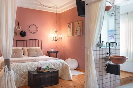 Romantica❤️Suite: Lovely Nest near Old Town Rhodes