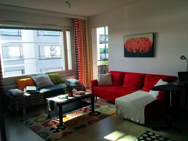 Cozy apartment for city visitors - Jyväskylä - Appartement