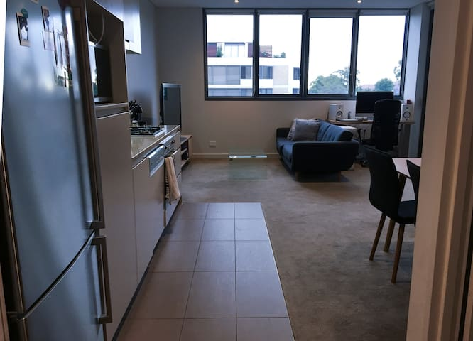Spacious, well-equipped & contemporary apartment - North Sydney - Apartment