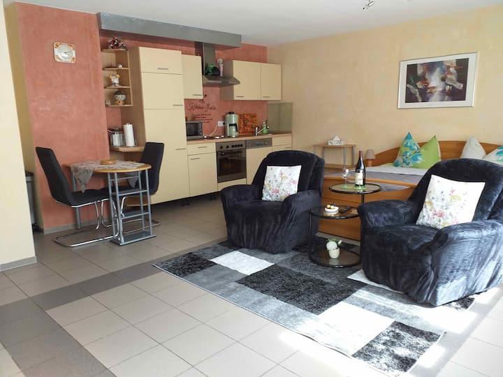 Betty´s Appartement, (Alpirsbach), Appartement, 30qm, 1 Wohn-/Schlafzimmer, für 2 Personen