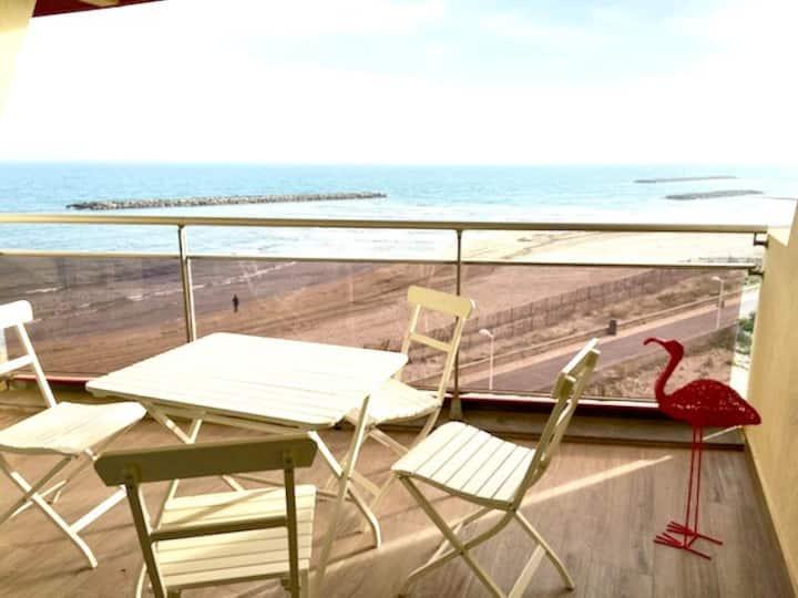 T2 vue mer, première ligne, terrasse, garage, clim