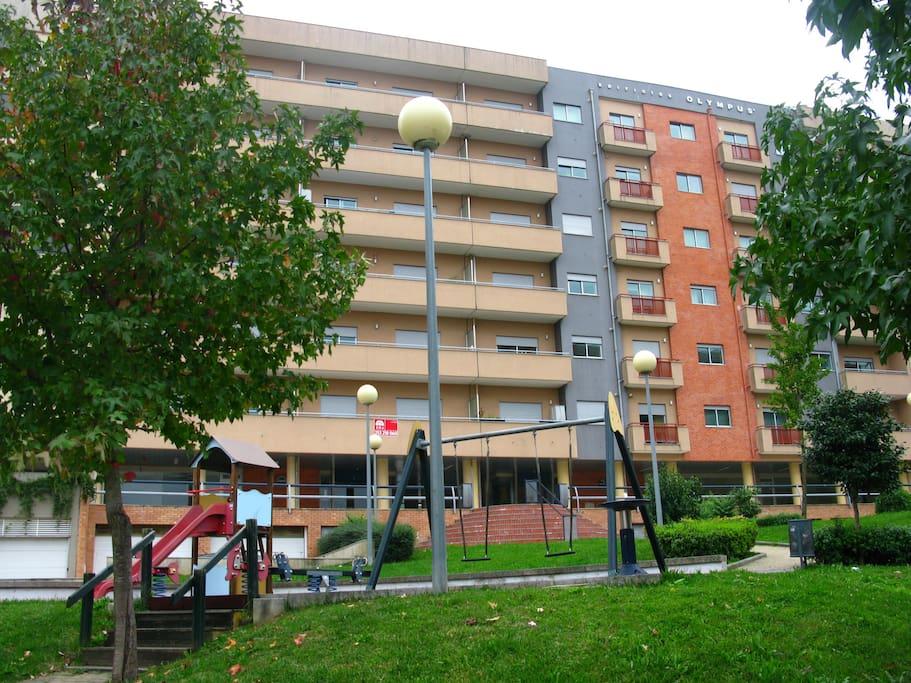 frente prédio | front building | bâtimant avant